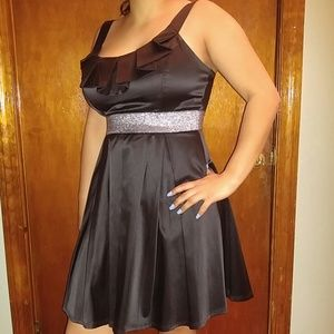 Black and silver Sequin Hearts dress size 11